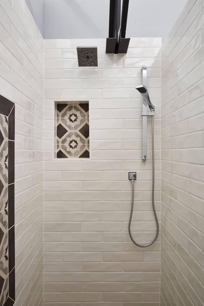 Custom tile shower with accent niche